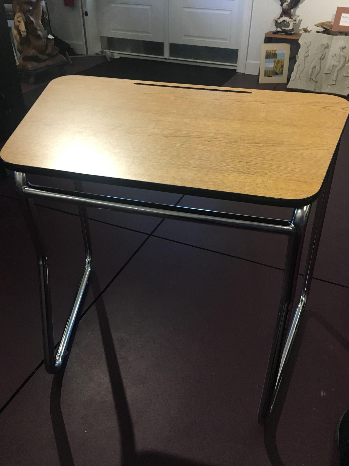10 Slanted Art Studio Desk's adult size