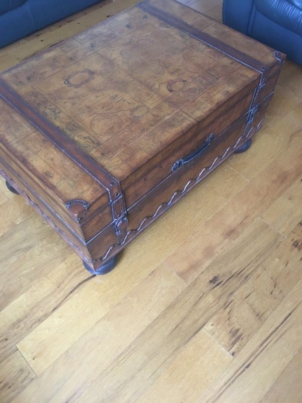 Collezione Europa Decoupage Trunk Coffee Table Marked Rare One Of A Kind Piece For In Hobe Sound Fl Offerup