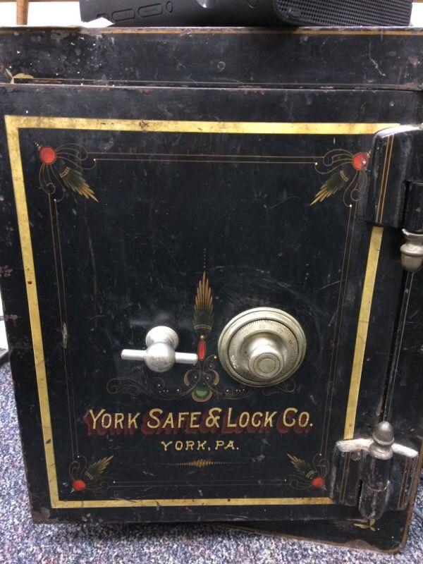 Antique York Safe Amp Lock Co Fire Safe In Working Order