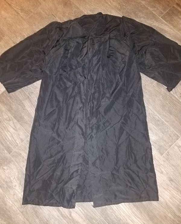 bbea416bae8 black graduation gown black regalia no cap grad for Sale in Phoenix ...
