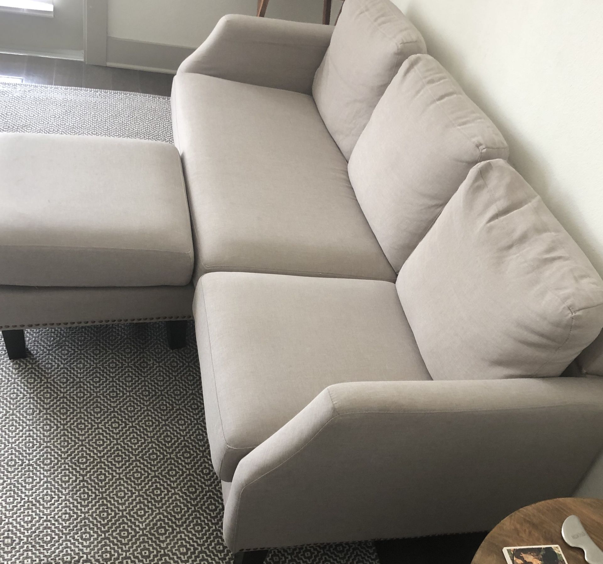 Edenburg Reversible Sectional! Accepting Offers! Will Deliver in Houston area!