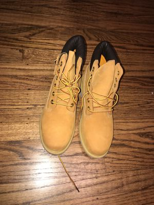 Woman's Timberland Size 8 for Sale in San Francisco, CA