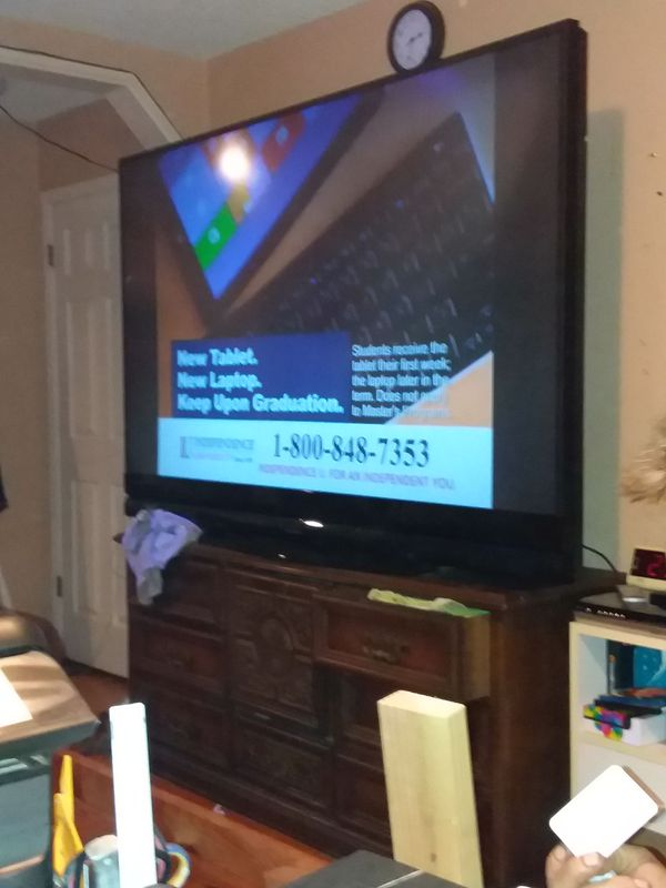 MITSUBISHI TV hi def/ 1080 p/ 3D / 82 inch tv (TVs) in Paradise, CA