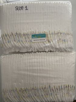 Size 1 pampers swaddlers - 66 diapers Thumbnail