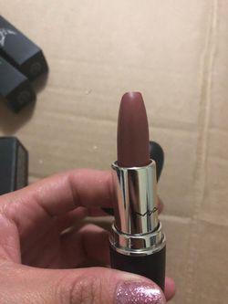 Mac lipsticks Thumbnail