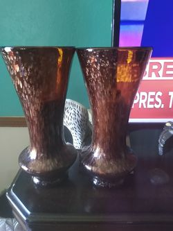 Vases two 14in tall Thumbnail