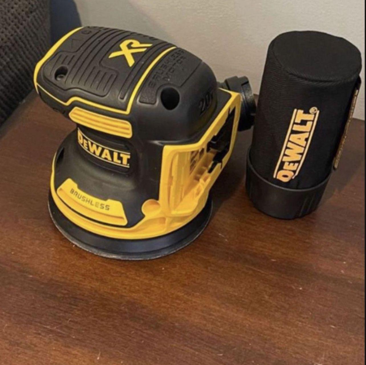 Dewalt Sander 20V. $100 🔥 Tool Only 🔥 Pick Up In Van Nuys