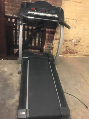 TREADMILL PROFORM760 EKG w FIT TCHNLGY for Sale in Cleveland, OH