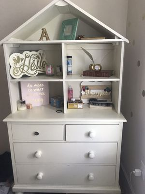 Pottery Barn dresser for Sale in Ashburn, VA