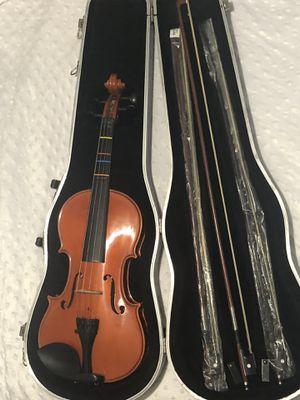 Violin Scherl & Roth, Conn-Selmer, INC. 9 items included !!! for Sale in Orlando, FL