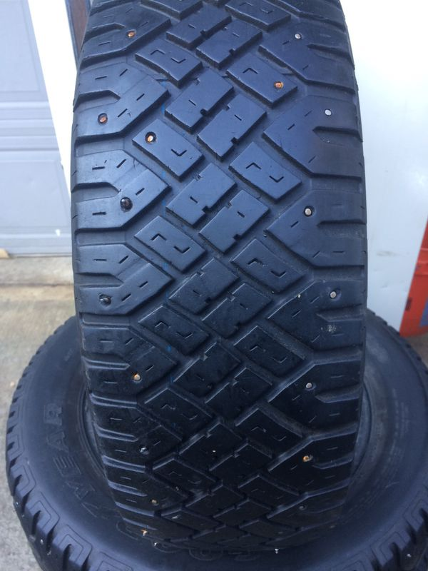 Snow Tire For Sale In Portland Or Offerup