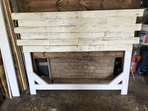White washed queen headboard for Sale in Aspen Hill, MD