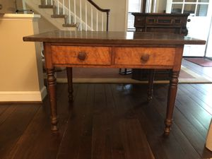 Antique desk circa 1800ds for Sale in Kensington, MD