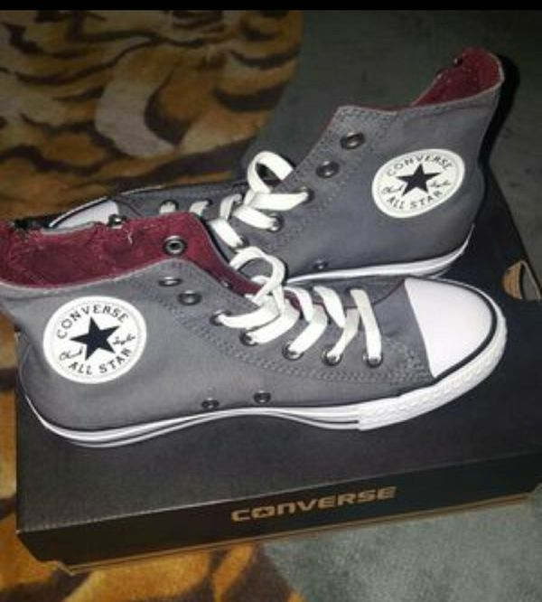 womens converse sneakers hi-tops for Sale in Anaheim dd3681ab2