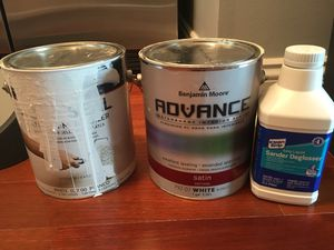 Paint, primer and deglosser benjamin moore for Sale in Chicago, IL