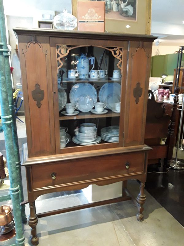 Vintage Victorian Style China Cabinet