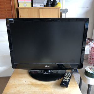 LG 24 inch TV for Sale in Rockville, MD