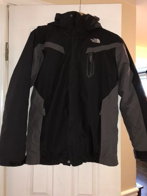 Boys North Face XL/TG size 18/20 HyVent 2 in 1 Jacket for Sale in Potomac, MD