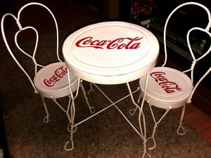 Mini coke cola tabel with chairs for Sale in Leesburg, FL