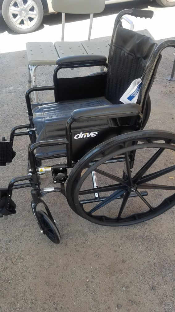 Wheelchair like new for Sale in Modesto, CA - OfferUp