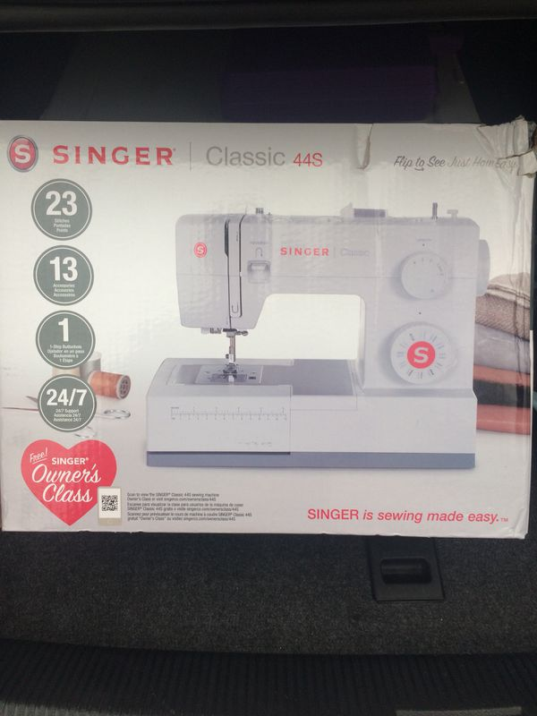 Singer Classic 40S Sewing Machine New For Sale In Taylorsville Fascinating Singer 44s Classic 23 Stitch Sewing Machine