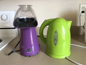 Popcorn air popper and water warmer for easy tea/coffee/hot coco! for Sale in Salt Lake City, UT