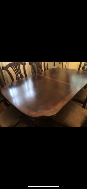 Wood dining room table with 7 chairs for Sale in Springfield, VA