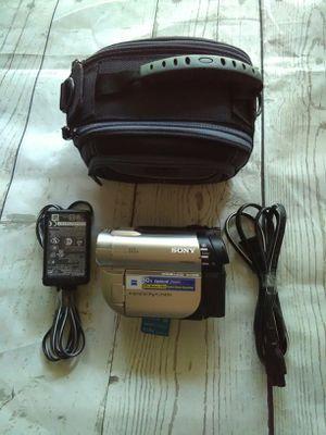 Sony HandyCam Hybrid DCR-DVD650 DVD for Sale in Frederick, MD