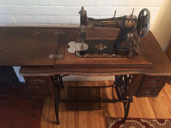 White Rotary Vintage Sewing Machine For Sale In Modesto CA OfferUp Beauteous White Rotary Sewing Machine Table