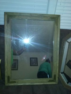 beautiful antique mirror for Sale in Buffalo Junction, VA
