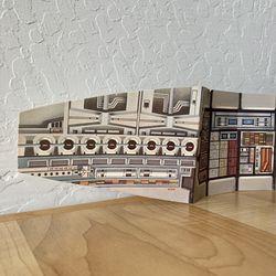 Vintage Star Wars Millennium Falcon Cargo Bay Card Board Incert Thumbnail