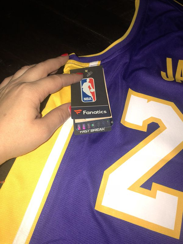 32abed009 Lebron Lakers YOUTH SMALL jersey (Clothing   Shoes) in Hialeah