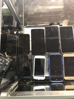 """PHONES """" IPHONE """" LG """" ZTE """" SAMSUNG """" MOTO !!! GREAT PRICES AND PERFECT CONDITIONS!! NEGOTIABLE! for Sale in Baltimore, MD"""