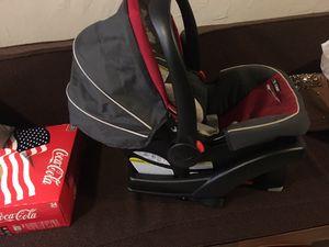 Graco red car seat for Sale in Dallas, TX