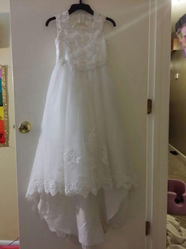 3baff963b7c David s Bridal little flower girl dress for Sale in Harrison