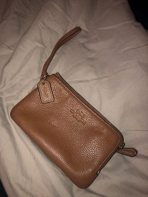 COACH Double Zip Wallet for Sale in Alexandria, VA