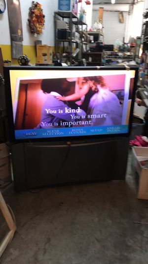 """50"""" HITACHI Projection tv with remote manual for Sale in St. Louis, MO"""