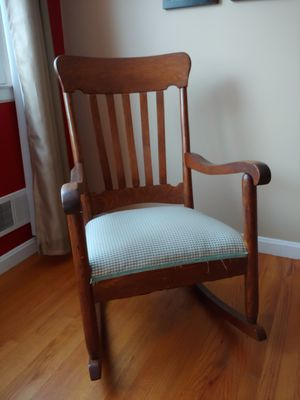 Antique rocking chair for Sale in Rockville, MD