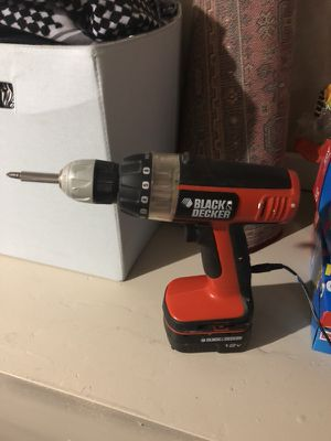 Black and decker 12v drill for Sale in Denver, CO