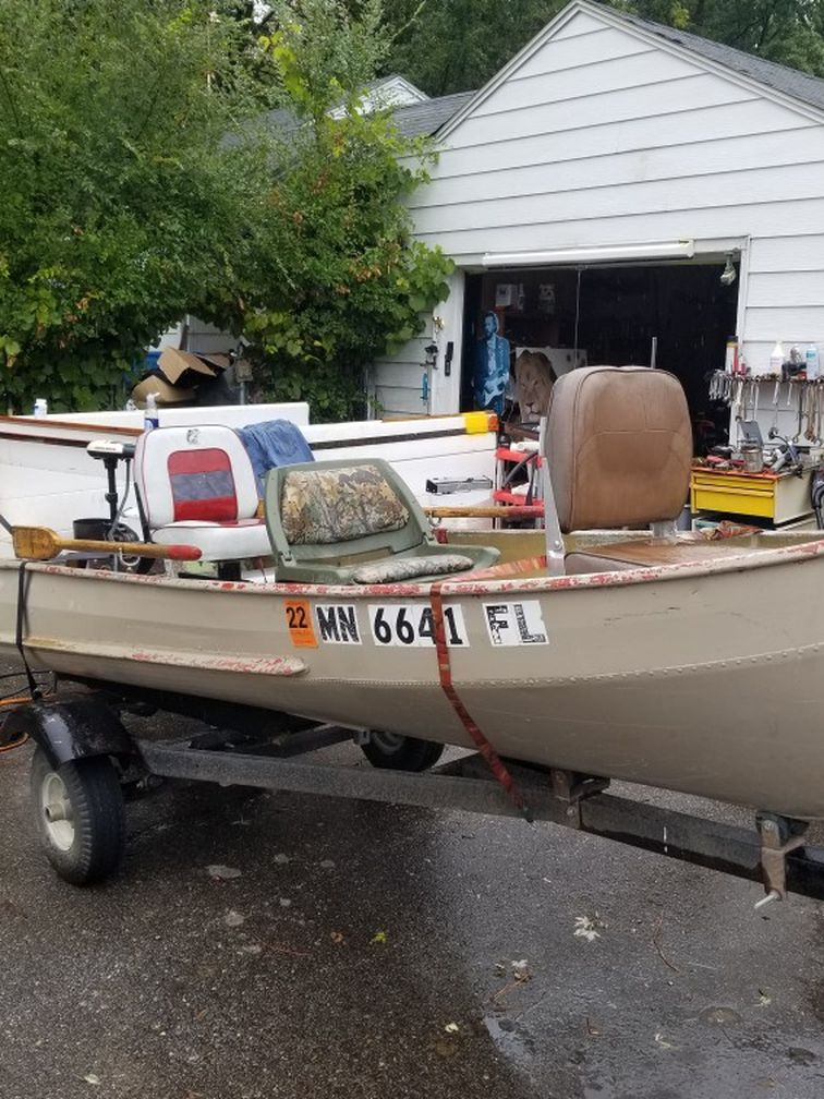 Photo Boat Trailer .Sea Nymph motor