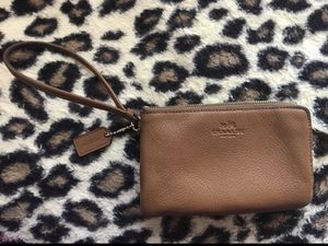 f89a63002583 Brand new coach wristlet wallet for Sale in Ashburn