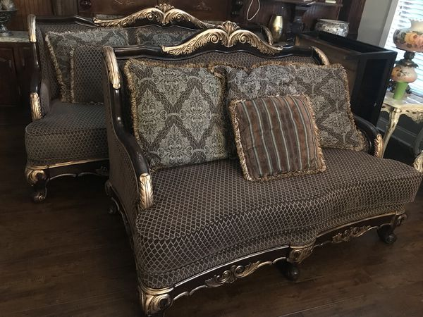 Very Nice Victorian Antique Style Sofa Loveseat And Coffee Table Set Those Are In Good Condition Beside Some Small Scratches Paid Over 5k For The