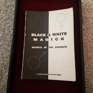 Black and white Magick for Sale in Houston, TX