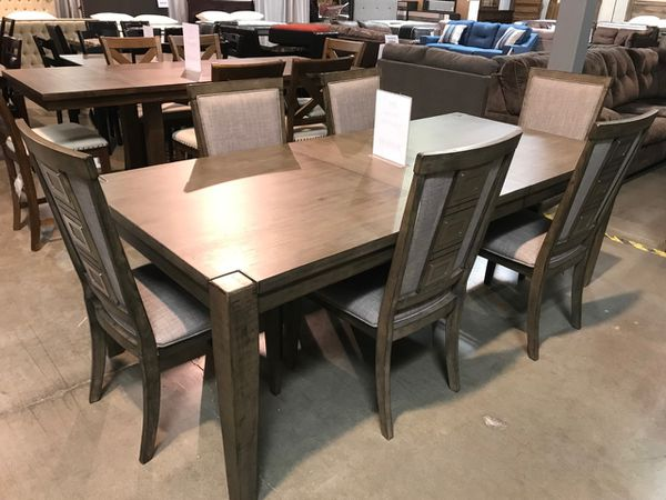 New Ashley Furniture 7pc Dining Room Table Set In Portland OR