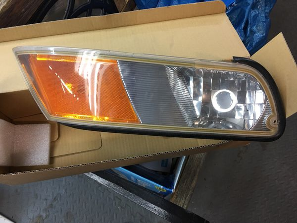 2002 Grand Marquis Headlight Embly S