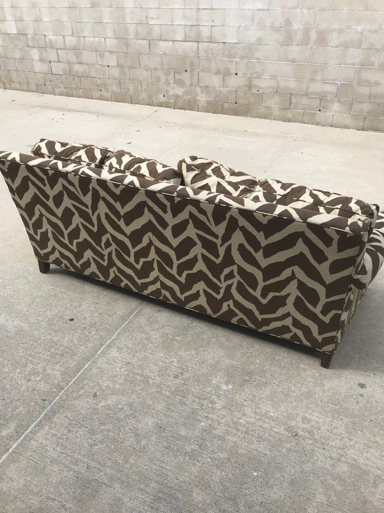 6 Ft Couch Thomasville