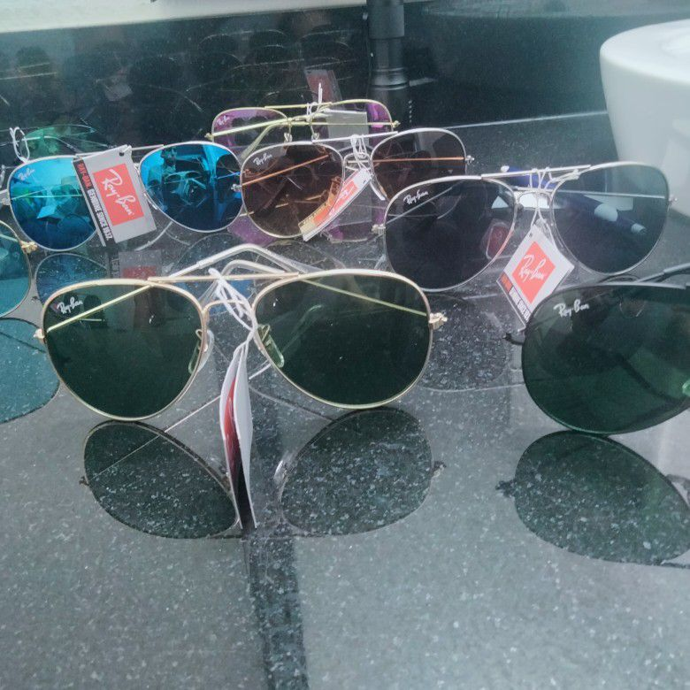 Raybans Special