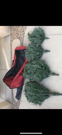 9.5ft pre-lit Christmas Tree Thumbnail