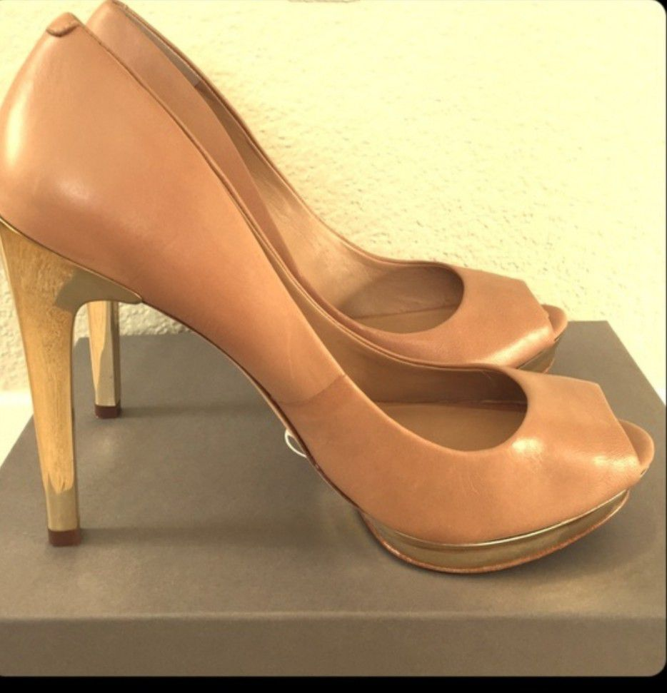 BCBG Max Azria Nude Gold Platform Heels