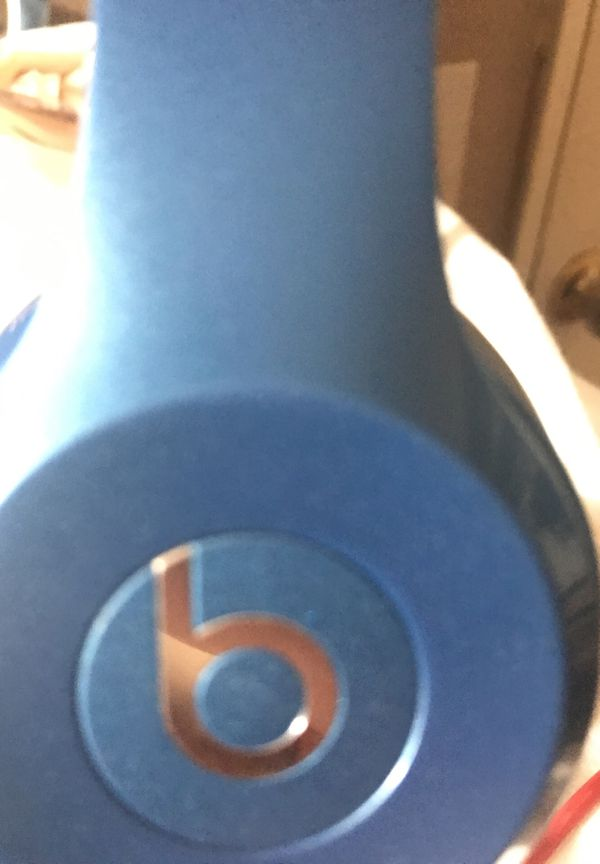 Blue / Silver Beats By Dre with Red Beats Wire for Sale in Riverside ...